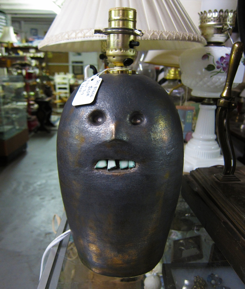 jug head lamp