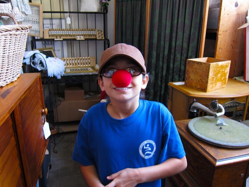 minor clowning