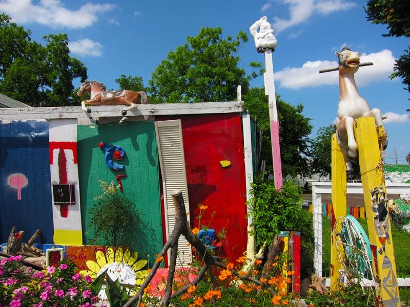 flower man house 4
