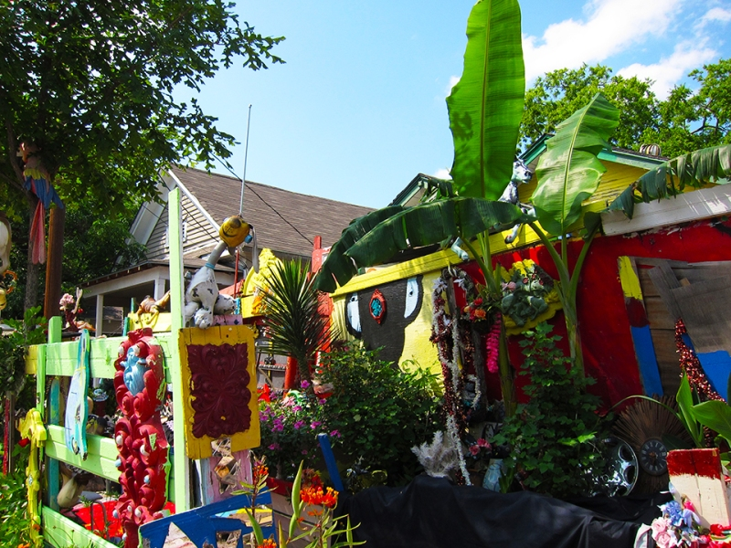 flower man house 8