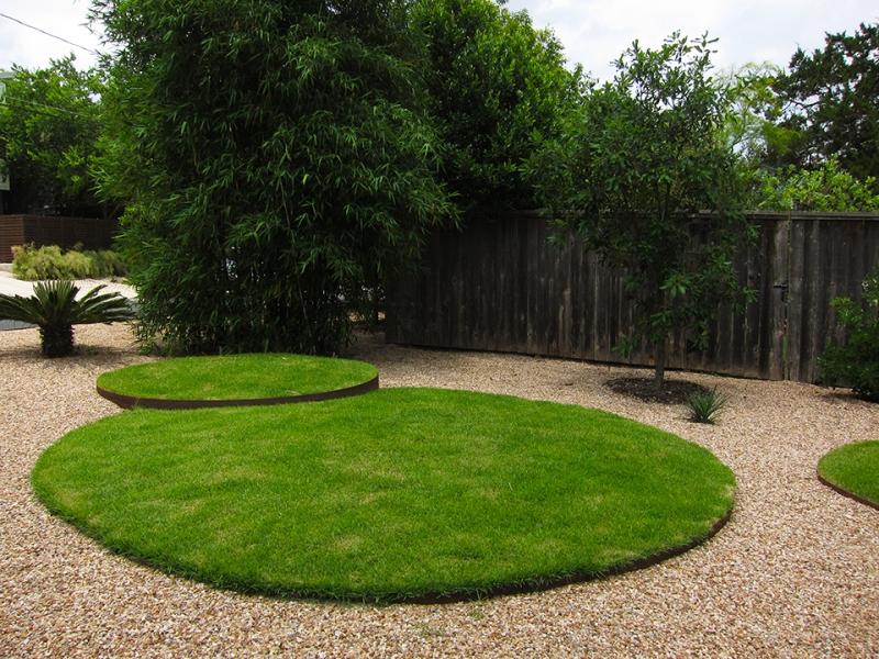 grass circles